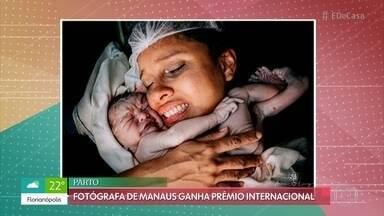 Fotógrafa de Manaus ganha prêmio internacional - Momento do parto foi registrado na capital do Amazonas