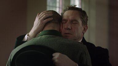 Episódio 7 - Em uma missão polonesa, Harry agarra uma segunda chance de salvar Kasia dos horrores de Varsóvia, enquanto Lois busca a felicidade com um novo amor, Vernon.