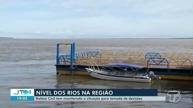 Defesa Civil realiza monitoramento constante para medir o nível do rio Tapajós - Segundo o órgão, há riscos de a cheia deste ano atingir níveis altos. Saiba mais detalhes na reportagem de Daniele Gambôa.