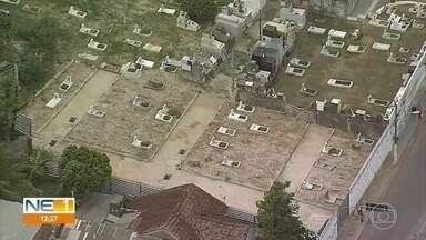 Prefeitura de Olinda abre espaço extra para enterro de vítimas da Covid-19 em cemitério - Terreno foi desapropriado junto ao Cemitério de Águas Compridas para que fosse feita a ampliação.
