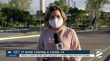 Idosos a partir de 85 anos começam a receber 2ª dose da vacina da Covid em Cuiabá - Idosos a partir de 85 anos começam a receber 2ª dose da vacina da Covid em Cuiabá