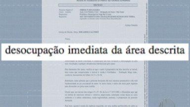 Prefeitura de Mogi faz reintegração de posse de área pública no bairro Jardim Planalto - A reintegração foi feita na manhã desta quinta-feira (11). Cerca de dez casas foram retiradas.