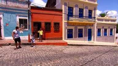 Olinda, 486 anos: conheça histórias de amor e cumplicidade de quem escolheu a cidade - Aniversário de Olinda e Recife é comemorado nesta sexta-feira (12). NE1 traz história de apaixonados pelo município.