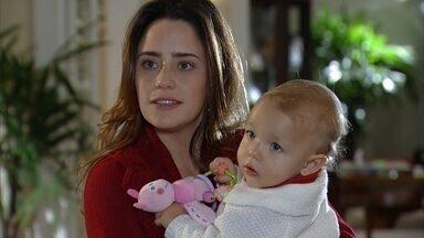 Alice visita Ana em sua casa - Ana se surpreende com a visita