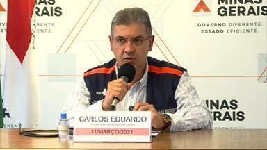 Governo de Minas Gerais afasta secretário de saúde, Carlos Eduardo Amaral - Permanência do secretário se tornou insustentável, depois que o Ministério Público confirmou que apura denúncia de irregularidades na prioridade dos vacinados