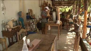 Pandemia afasta turistas da Ilha do Ferro, em Pão de Açúcar - Local é conhecido pelas peças de madeira e pelo bordado Boa Noite.