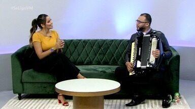 Entrevista com o Padre Caio Cavalcante - Sacerdote sanfoneiro conversa com Niara Meirele