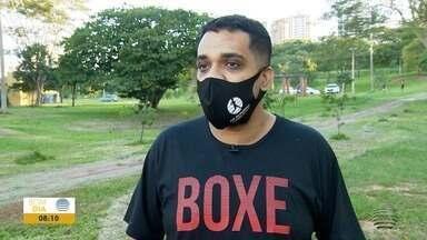 Desenvolvedor de sistemas perde 35 quilos em sete meses - Aleksander Silva Gomes usou o boxe como aliado na rotina em busca de uma vida mais saudável.