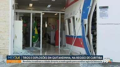 Bandidos explodem banco em Quitandinha, na região de Curitiba - Bandidos invadiram a cidade durante a madrugada para assaltar agência bancária.