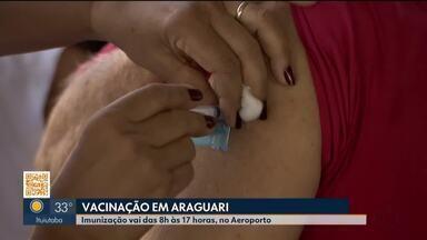 Após problemas em filas de vacinação contra a Covid-19, Araguari passa a distribuir senhas - Idosos e familiares reclamaram da longa espera e falta de estrutura para aguardar por longos períodos. Confira, agora, o horário da distribuição das senhas e como está funcionando a vacinação.