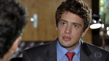 Jonas não apoia Rodrigo - Rodrigo fica decepcionado com o pai