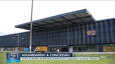 Inaugurado em 2018, Centro de Eventos de Balneário Camboriú nunca foi utilizado - Inaugurado em 2018, Centro de Eventos de Balneário Camboriú nunca foi utilizado