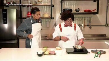 Adamastor Pitaco no quadro Cozinhando com Niara - Muito humor no preparo de uma tapioca com omelete