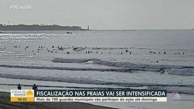 Fiscalização é intensificada para evitar circulação de pessoas nas praias de Salvador - Agentes da Guarda Municipal monitoram todas as praias do município durante o feriado e fim de semana.