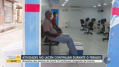 Atividades no Lacen continuam funcionando durante o feriado em Salvador - Amostras dos exames da Covid-19 seguem chegando de outros municípios para o laboratório nesta sexta-feira (2).