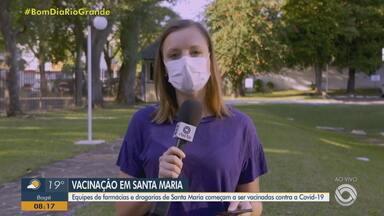 Equipes de farmácias e drogarias de Santa Maria começam a ser vacinadas contra a Covid-19 - Assista ao vídeo.