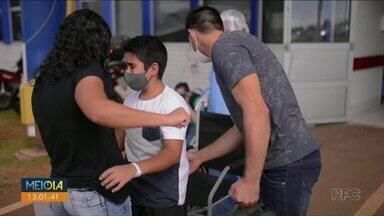 Menino de 12 anos tem alta da ala Covid-19 em Ponta Grossa - Paciente mais jovem internado no HU da UEPG, ficou sete dias intubado na UTI.