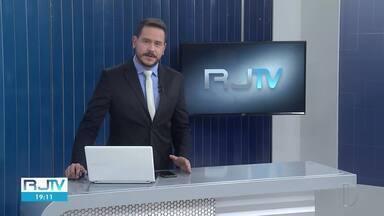 Veja a íntegra do RJ2 deste sábado, 17/04/2021 - Apresentado por Alexandre Kapiche, telejornal traz os principais destaques do dia nas cidades das regiões dos Lagos, Serrana e Noroeste Fluminense.