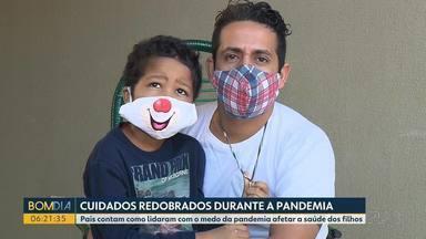 Para não parar tratamento, famílias de crianças com câncer reforçam os cuidados - Pais contam como lidaram com o medo da pandemia afetar a saúde dos filhos, em tratamento contra o câncer.
