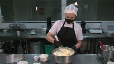 Bolo de mandioca - Aprenda o passo a passado do preparo de um saboroso Bolo de mandioca