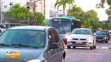 Campanha Maio Amarelo alerta para cuidados no trânsito - A campanha alerta pra importância do respeito às leis de trânsito.