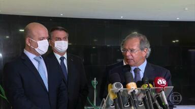 Bolsonaro anuncia sanção com vetos de lei que prevê ajuda ao setor de eventos na pandemia - As medidas beneficiam hotéis, casas noturnas e empresas que realizam congressos, shows, festivais e eventos esportivos.