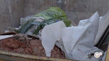 Campanha conscientiza sobre o uso correto de caçambas é realizada em Bauru - Em Bauru tem uma campanha de conscientização sobre o uso de caçambas É uma ação da Secretaria Municipal de Meio Ambiente e da Associação dos Transportadores de Entulhos.