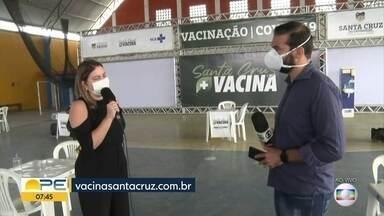 Santa Cruz do Capibaribe vacina doentes crônicos contra a Covid-19 - Cidade do Agreste do estado aguarda agora novas doses da Coronavac para garantir a segunda dose dos idosos.