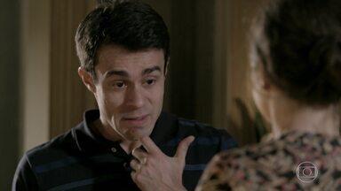 Fernando procura Cristina - Robertão vai até a casa de Leonardo