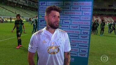 Mesmo com eliminação no Mineiro, Rafael Sobis diz que Cruzeiro está no caminho certo - Mesmo com eliminação no Mineiro, Rafael Sobis diz que Cruzeiro está no caminho certo