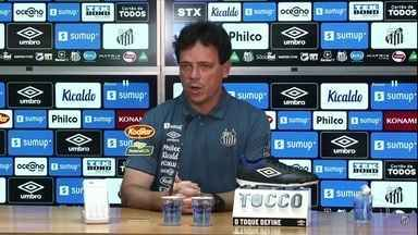 Fernando Diniz é apresentado no Santos - Fernando Diniz é apresentado no Santos