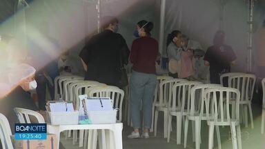 Curitiba começa a vacinar grávidas e pessoas com comorbidades - A vacina está disponível em 18 pontos.