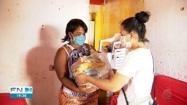 Projeto beneficente ajuda famílias carentes em Presidente Prudente - Distribuição de cestas básicas foi feita nesta segunda-feira (10).