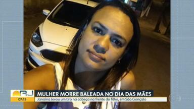 Polícia investiga morte de uma mulher, em São Gonçalo - Janaína dos Santos Peres foi baleada na cabeça, no domingo, dia das mães. Ela voltava da igreja com o filho, de 13 anos.