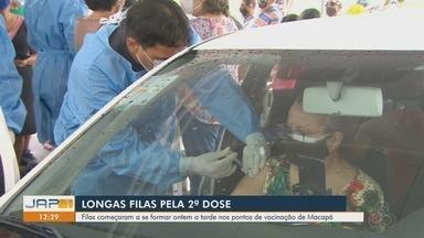 Após transtornos de madrugada, idosos são vacinados com a 2ª dose da CoronaVac em Macapá - Após transtornos de madrugada, idosos são vacinados com a 2ª dose da CoronaVac em Macapá