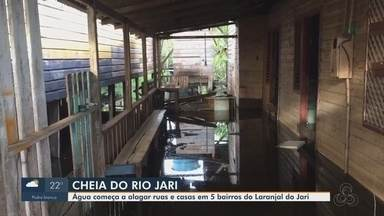Nível do rio sobe e alaga ruas e casas de 5 bairros de Laranjal do Jari - Nível do rio sobe e alaga ruas e casas de 5 bairros de Laranjal do Jari