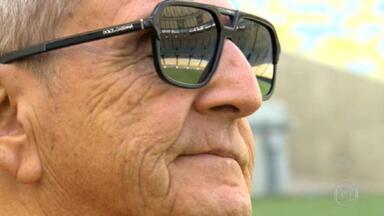 Januário de Oliveira, ex-locutor de Rádio e TV, morre aos 81 anos - Ele lutava contra complicações de uma pneumonia quando sofreu uma parada cardíaca.