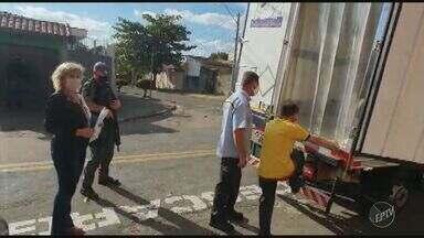 Covid-19: Campinas recebe primeiro lote da vacina da Pfizer para imunizar população - Metrópole do interior recebeu 14 mil doses na tarde desta sexta-feira (4).
