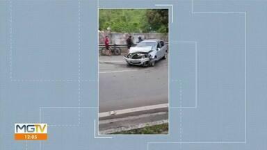 Homem fica ferido em acidente na BR-381, em Ipatinga - Ele perdeu o controle da direção, bateu contra o meio fio e saiu da pista.