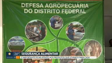 Hoje é celebrado o Dia Mundial da Segurança Alimentar - Nos primeiros quatro meses deste ano, foram apreendidas 2,6 toneladas de produtos impróprios para consumo no DF.