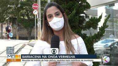 """Reunião define novas medidas durante Onda Vermelha em Barbacena - A cidade retornou para faixa mais restritiva do """"Minas Consciente"""" neste fim de semana."""