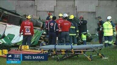 Acidente deixa quatro mortes na BR-101; veja giro de notícias - Acidente deixa quatro mortes na BR-101; veja giro de notícias