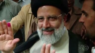 Irã elege presidente ultraconservador - Ebrahim Raisi é acusado de participar de execuções de presos políticos.