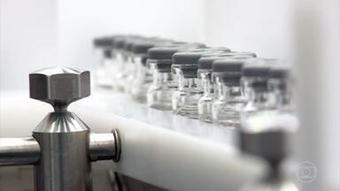 MPF e Polícia Federal abrem investigação sobre contrato de compra da vacina Covaxin - O Ministério Público Federal e a PF abriram, nesta quarta (30), investigações sobre o contrato de compra da vacina Covaxin. A negociação foi suspensa após denúncias de irregularidades feitas pelo servidor Luis Ricardo Miranda.