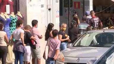 Desemprego mantém recorde de 14,7% no trimestre encerrado em abril - Quase 15 milhões de brasileiros estão à procura de trabalho.