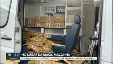 Em vez de maca, tinha maconha na ambulância - Polícia do Rio encontrou meia tonelada da droga dentro de uma ambulância, em Seropédica