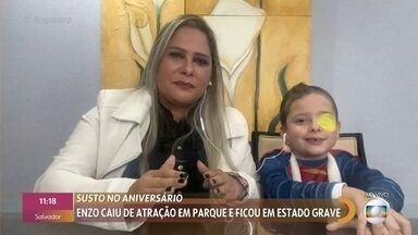 Enzo, de 6 anos, sofreu acidente em parque de diversões - Menino chegou a ficar em estado grave no hospital, mas agora se recupera em casa vestido de super-herói