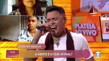 Felipe Araújo canta 'Amando Individual' - Confira