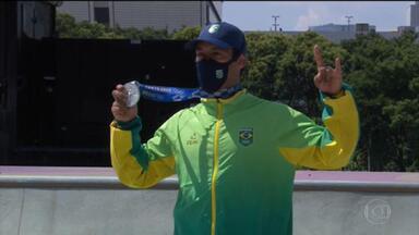 Kelvin Hoefler conquista a medalha de prata no skate street - É a primeira medalha do Time Brasil nas Olimpíadas de Tóquio.