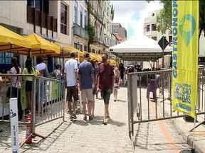Feirinha São Luís é realizada no domingo - Feirinha do Centro histórico da capital que é instalada na Rua do Egito, passando pela Rua de Nazaré até a Praça Benedito Leite já vem sendo realizada há três domingos, desde quando foi suspensa por causa da pandemia do novo coronavírus.